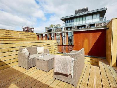 , M15, Manchester - Furnished, Modern