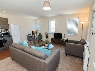 , M16, Manchester - Furnished
