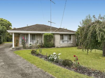House for sale 5 Murray Court - House