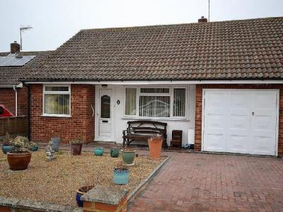 Sycamore Close, Lydd, TN29 - Bungalow