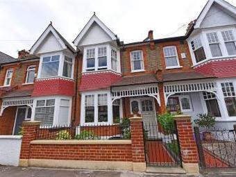 Ravensbury Road, London SW18 - Listed