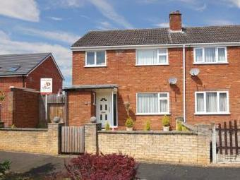 York Close, Bromsgrove B61 - Terraced
