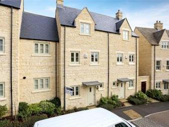 Middle Mead, Cirencester GL7 - Garage