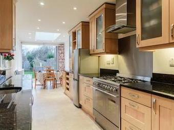 Coverts Road, Esher, Surrey Kt10