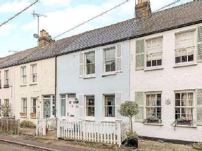 Station Road, Claygate, Esher, Surrey, KT10