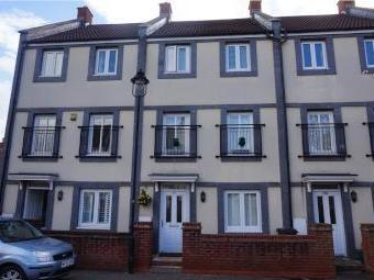 Trubshaw Close, Horfield BS7 - House