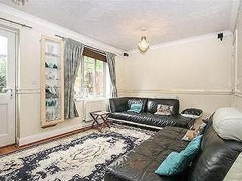 House for sale, Northolt - Patio