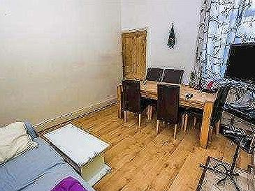 House for sale, Court Lane - No Chain
