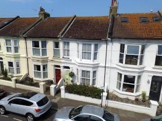 Connaught Terrace, Hove BN3 - House