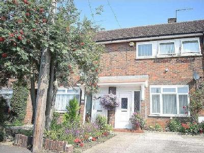 Trelawney Avenue, Slough, Sl3