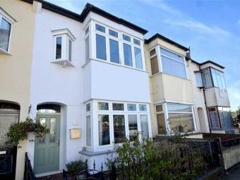 Canonsleigh Crescent, Leigh-on-sea, Essex Ss9