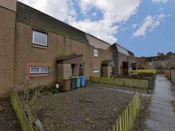 Turriff Brae, Glenrothes KY7 - Patio