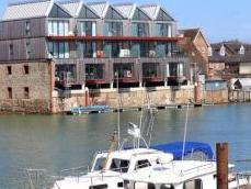 River Road, Littlehampton, West Sussex BN17