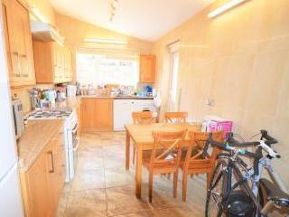 Clinton Road, London N15 - Furnished