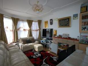 Audley Road, Hendon NW4 - Reception