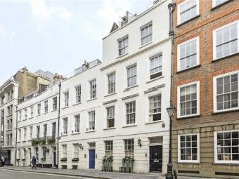 St. James's Place Sw1a - Refurbished