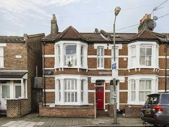 Eversleigh Road Sw11 - Detached