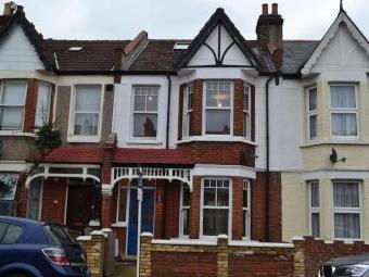 Seely Road, Tooting, Gla Sw17