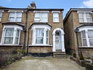 Catford Hill Se6 - No Chain, Listed