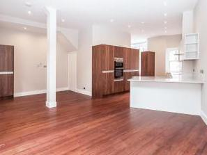 Tremlett Grove, London N19 - House