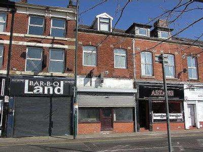 Stand Lane, Radcliffe, M26 - Terrace
