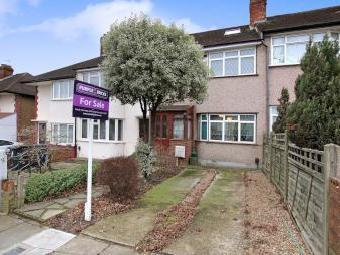 Castle Road, Northolt UB5 - House