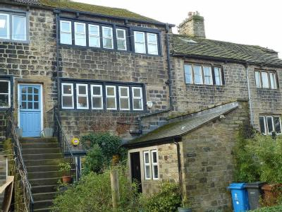 Church Road, Uppermill, OL3 - Listed