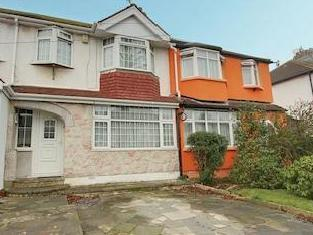 Empire Road, Perivale, Greenford Ub6