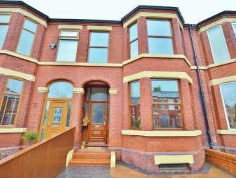 Hunts Road, Salford M6 - House