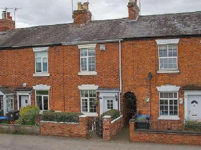 Alcester Road, Studley, B80 - Cottage