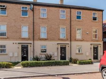 Kingsbrook Chase, Wath-Upon-Dearne, Rotherham, South Yorkshire S63