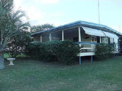 20 Turtle Street - House, Near Beach