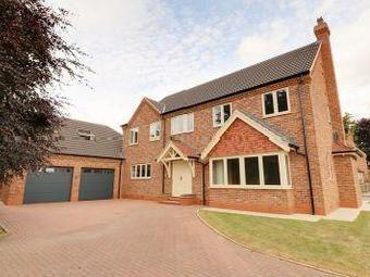House for sale, The Briars - Garden