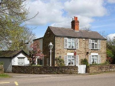 Top Road,  Calow, S44 - Detached