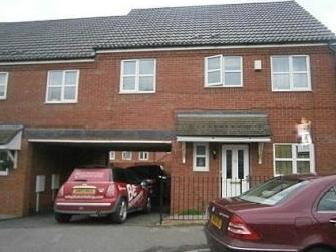 Chatsworth Road, Corby NN18 - Parking