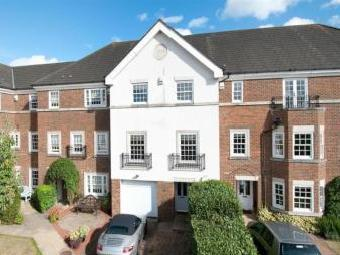 Cleeve Court, Kings Hill, West Malling ME19