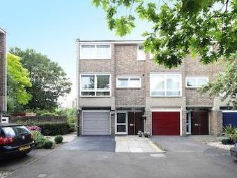Deena Close, Acton W3 - Terrace