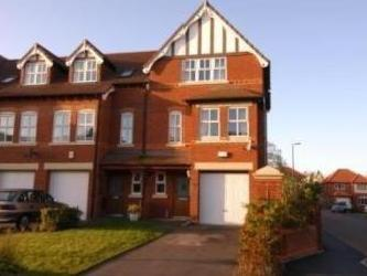Larton Farm Close, Newton, West Kirby CH48