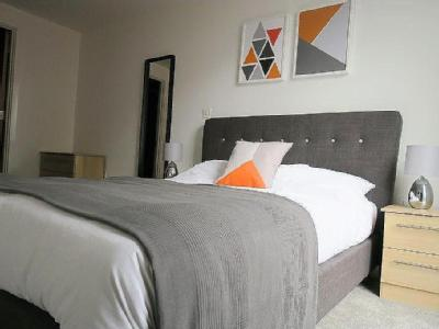 , M1, Manchester - Furnished, Balcony