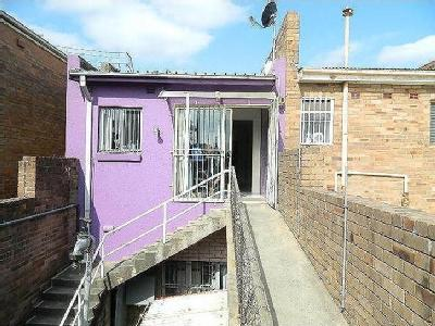 Flat to let Fairfield NSW - Balcony