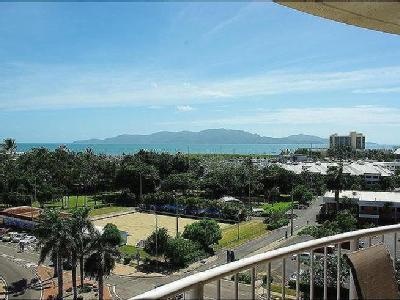 The Strand, Townsville City - Lift