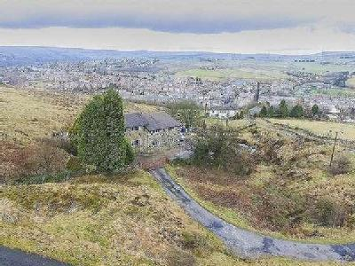 Deansgreave Road, Bacup, OL13