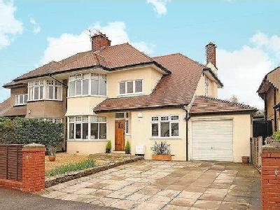 Stoke Lane, Westbury-on-trym, Bs9