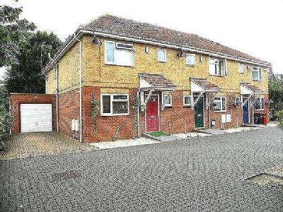 Old Bath Road, Colnbrook, Slough, SL3