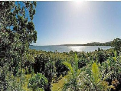 33 Bay Drive, Russell Island, QLD, 4184