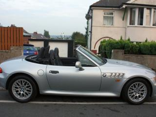 1999 BMW Z3 2.8 HEATED LEATHER INTERIOR