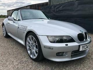 2001 BMW Z3, 3.0L, automatic transmission, Heated seats*Affordable winter fun