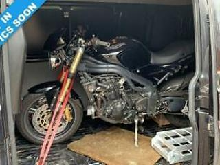 2005 TRIUMPH SPEED TRIPLE 1050 1.1 SPEED TRIPLE UPGRADED EXHAUST CARBON EXTRAS