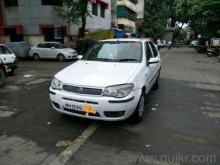 White 2007 Fiat Palio Stile SLX 1.1 87,000 kms driven in Pune Railway Station