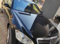 Black 2008 Mercedes Benz S Class 350 215000 kms driven in Sector 34